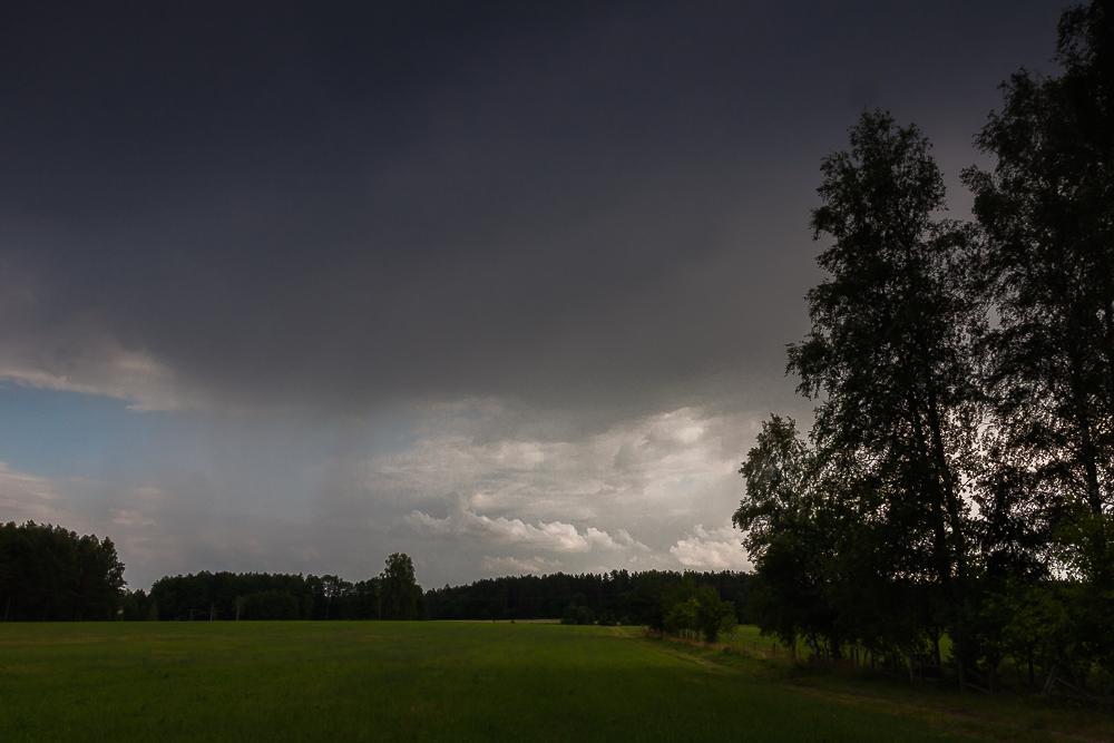 deszczowe chmury